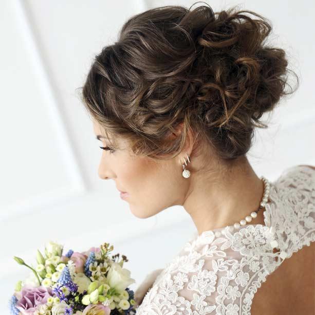 8 elegantes peinados para tu boda romntica - Peinados elegantes para una boda ...